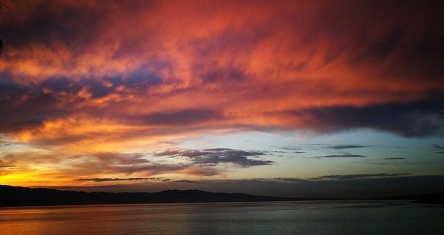 tramonto stretto di messina